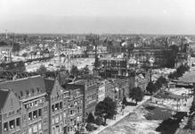 1980-5039 Een overzicht op de door het Duitse bombardement van 14 mei 1940 getroffen omgeving van de Agniesebuurt en ...