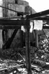 1980-5047 Gezicht op de door het Duitse bombardement van 14 mei 1940 getroffen Zuidblaak met op nr. 18, bank voor ...
