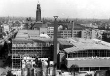1980-5100 Gezicht op de door het Duitse bombardement van 14 mei 1940 getroffen omgeving van de Coolsingel. Met het ...