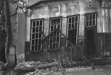 1980-5577 Gezicht op de door de Duitse Wehrmacht veroorzaakte havenverwoestingen aan de zuidzijde van de Rijnhaven, ...