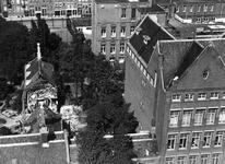 XXXIII-569-35-30 Restanten van het hofje van Kuijl's fundatie naast het Sint Franciscus ziekenhuis aan de Schiekade, ...