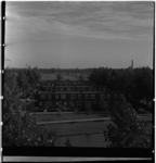119-01 Leegstaande woningen die gesloopt zullen worden voor de bouw van het Kleinpolderplein.