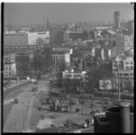 221-19 Overzicht Rochussenstraat richting Eendrachtsplein met in het midden Huis Sonneveld. Op de achtergrond de ...
