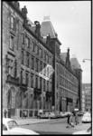269-02 Gevel van het stadhuis aan de Stadhuisstraat, gezien vanaf de Coolsingel richting Rodezand.