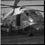 513-02 De eerste vrachthelikopter van Sabena, de Super Frelon met code F-ZWWH03, staat op het terrein van Heliport.