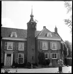 530-02 Landhuis de Oliphant bij Nieuwesluis op het eiland Voorne.