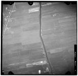 FD-4299-01 Verticale luchtfoto van de Duifpolder en de Holierhoeksche en Zouteveensche Polder met de Vlaardingsche ...
