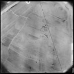 FD-4299-110 Verticale luchtfoto van de Broekpolder (Vlaardingerambacht) met de Boonervliet (linksboven) Broekweg ...