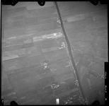 FD-4299-36 Verticale luchtfoto van de Duifpolder en de Vlaardingsche Vaart.
