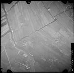 FD-4299-73 Verticale luchtfoto van de Vlietlanden (linksboven), Broekpolder en de Holierhoeksche en Zoutelandsche ...