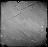 FD-4299-74 Verticale luchtfoto van de Holierhoeksche en Zouteveensche Polder (Vlaardingerambacht) met de Vlaardingsche ...