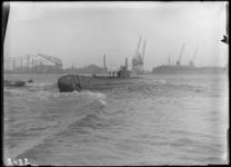 2008-206-02 RDM-168, Hr. Ms. K XV tewaterlating van de onderzeeboot bij de Rotterdamsche Droogdok Maatschappij, RDM.
