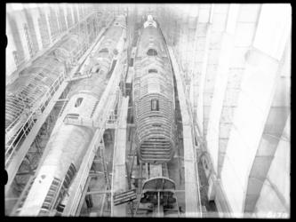 RDM-8170 De onderzeeboot Hr. Ms. 'K XV' (RDM-168) in aanbouw in de Onderzeebootloods van de Rotterdamsche Droogdok ...