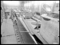 RDM-8386 Onderzeeboot Hr. Ms. 'K XIV' (RDM-167) in aanbouw in de Onderzeebootloods van de Rotterdamsche Droogdok ...
