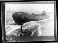 RDM-8443 De tewaterlating van onderzeeboot Hr. Ms. K XIV (RDM-167) bij de Rotterdamsche Droogdok Maatschappij, RDM.
