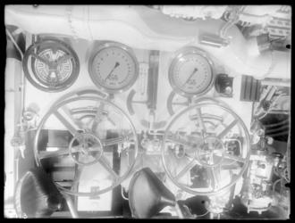 RDM-8713 Het interieur van onderzeeboot Hr.Ms 'K XIV' (RDM-167), gebouwd bij de Rotterdamsche Droogdok Maatschappij, RDM.