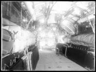 RDM-8716 Het interieur van onderzeeboot Hr.Ms 'K XIV' (RDM-167), gebouwd bij de Rotterdamsche Droogdok Maatschappij, RDM.