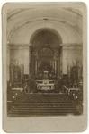 1975-732-(a) Interieur van de Rooms Katholieke kerk te Delfshaven aan de Havenstraat naar het altaar.