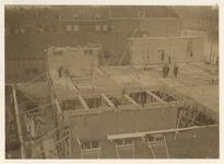 1978-1605 Bouw van de azijnmakerij van de firma Tromp & Rueb aan de Rechter Rottekade 111 (later 105). Mannen in pak ...