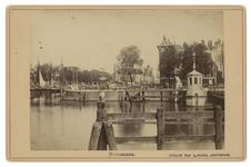 IV-23-4 Zicht op de Koningsbrug over de Oudehaven.