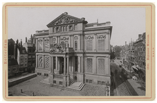 IV-56-19 Museum Boymans aan de Korte Hoogstraat.