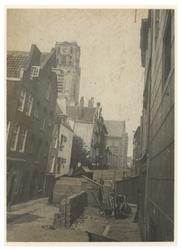 IX-1779-01 De Sint-Laurensstraat met op de achtergrond de Laurenskerk.