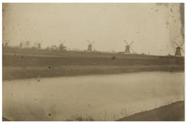 RI-446a Zeven watermolens aan de Boezem.