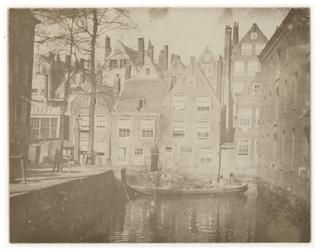 VII-169 Zicht op huizen aan de Groenendaal.