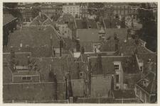 VII-537-00-02 Woningen aan de Wijnhaven en de Posthoornsteeg, gezien uit het zuiden.