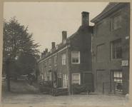XX-54 Bij het Proveniershuis behorende woningen aan de Schiekade.