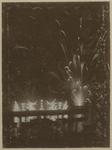 XXXIII-160 Vuurwerk aan de Maas bij de Kroningsfeesten die gehouden werden van 31 augustus tot 6 september 1898 in Rotterdam.