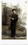 2000-1101-142 Serie van 237 fotokaarten, grotendeels vervaardigd door Louise Laboyrie, huishoudster (pastoorsmeid) bij ...