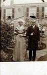 2000-1101-143 Serie van 237 fotokaarten, grotendeels vervaardigd door Louise Laboyrie, huishoudster (pastoorsmeid) bij ...