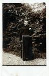 2000-1101-156 Serie van 237 fotokaarten, grotendeels vervaardigd door Louise Laboyrie, huishoudster (pastoorsmeid) bij ...