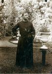 2000-1101-165 Serie van 237 fotokaarten, grotendeels vervaardigd door Louise Laboyrie, huishoudster (pastoorsmeid) bij ...