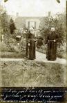 2000-1101-23 Serie van 237 fotokaarten, grotendeels vervaardigd door Louise Laboyrie, huishoudster (pastoorsmeid) bij ...
