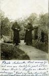 2000-1101-38 Serie van 237 fotokaarten, grotendeels vervaardigd door Louise Laboyrie, huishoudster (pastoorsmeid) bij ...