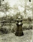 2000-1101-41 Serie van 237 fotokaarten, grotendeels vervaardigd door Louise Laboyrie, huishoudster (pastoorsmeid) bij ...