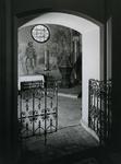 1967-82 Interieur van de RK kerk 'De Allerheiligste Verlosser' aan de Goudse Rijweg.