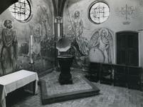 1967-83 Interieur van de doopkapel in de RK kerk 'De Allerheiligste Verlosser' aan de Goudse Rijweg.