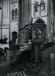 1967-90 Preekstoel in de kerk van de Allerheiligste Verlosser aan de Goudse Rijweg.