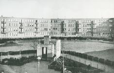 1968-3169 Gezicht op het Visserijplein.