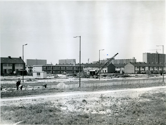 1970-1133 De Prins Alexanderlaan, en aan de overkant de bouw van metrostation Ommoord-zuid.