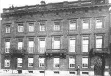 1970-204 Gezicht op de Rotterdamsche Bankvereeniging aan de Boompjes.