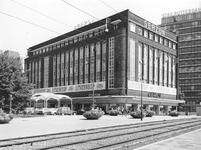1970-2218 De Blaak, links modemagazijn Gerzon aan de Korte Hoogstraat tijdens uitverkoop wegens verhuizing naar de ...