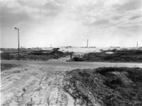 1971-1938 De plaats waar Rijksweg 16 met de Ommoordseweg gaat kruisen. Op de achtergrond (heistelling) aanleg ...