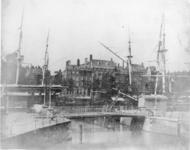 1971-1989 De Scheepmakershaven, de Scheluwebrug, op de achtergrond de Leuvehaven.