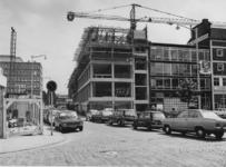 1972-1289 Ds. Jan Scharpstraat, de Sociale Academie in aanbouw, rechts het Hang.