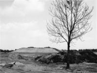1972-1553 De Rijksweg 20 bij de kruising met de Capelseweg, in aanbouw.