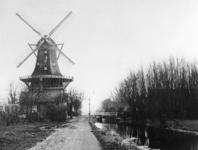 1973-1311 De molen 'De Ster' aan de Kortekade.